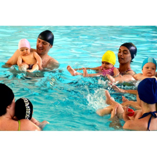 Parent/Child Swim (6 mo-4 yrs): Fridays 11:00 - 11:30 am