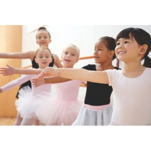 Ballet I (5-7 yrs): Saturdays 12:10 - 12:55 pm